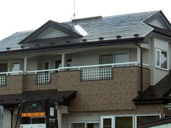 八戸市 K様邸 ソーラー撤去、屋根塗装リフォーム事例