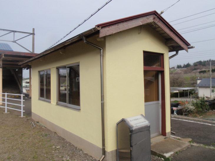 【塗装工事】S駅待合所 内壁・外壁塗装工事
