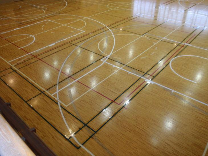 【八戸】I 中学校体育館 バドミントンライン塗装工事