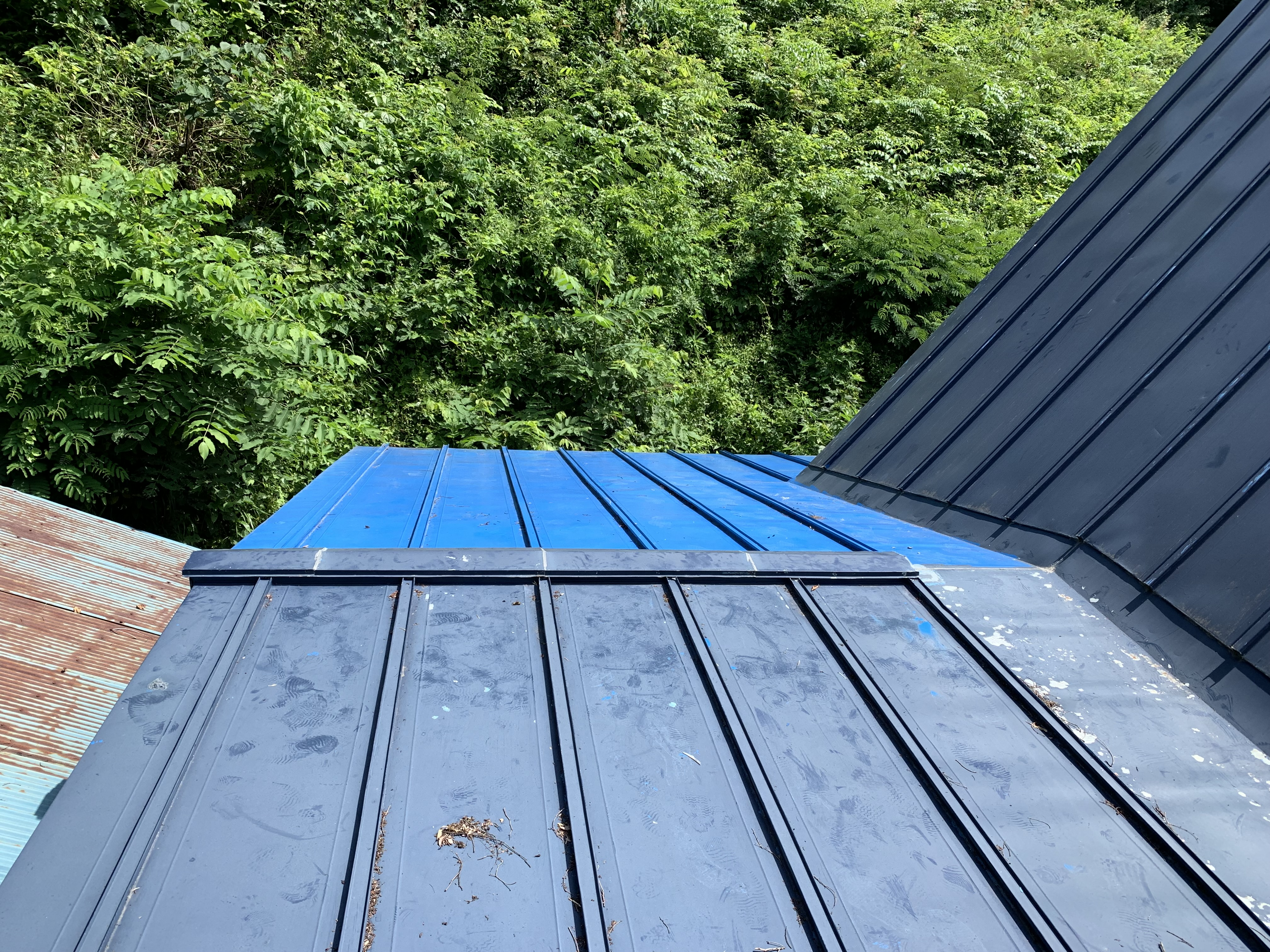 【八戸】屋根塗装工事が完工しました! 内外装リフォーム|屋根塗装|塗装業者|塗装屋|塗装会社